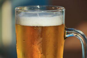 Cervejaria encontra figurantes para vídeo após oferecer chopp grátis